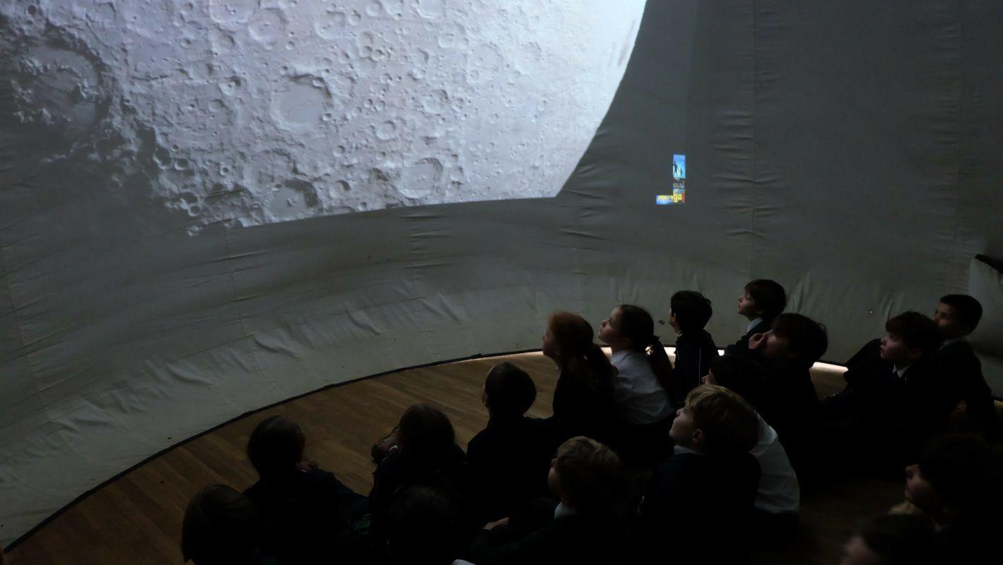 Mobile Planetarium SEND